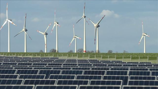News video: Investors Bet on Clean Tech